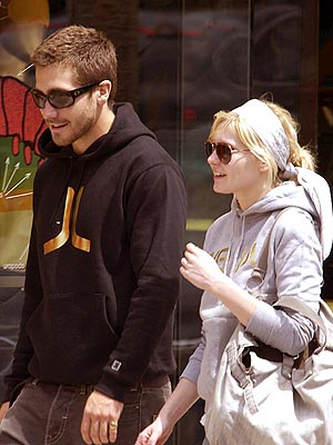 Jake Gyllenhaal and Kirsten Dunst.